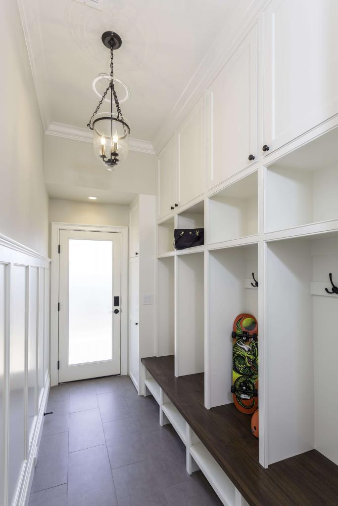 Designers Closet Guys Entryway And Mudroom Designs