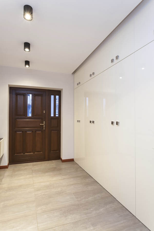 Clutter Free Entryway Gallery