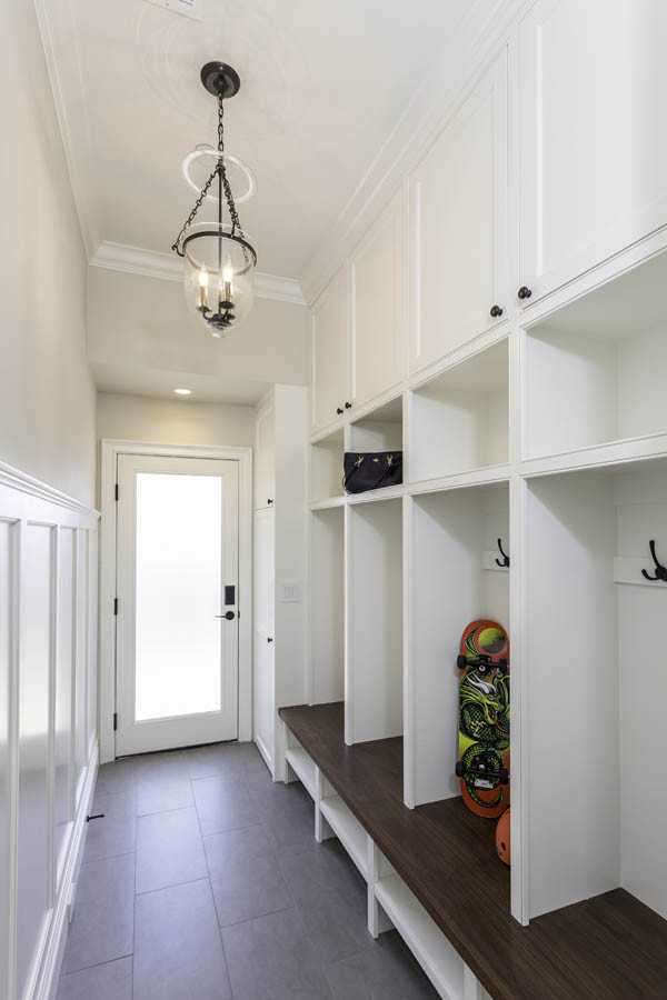 Vertical Cubby Entryway Gallery