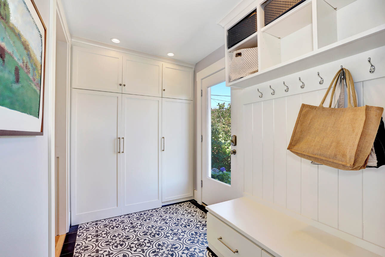 Off Kitchen Mudroom Gallery